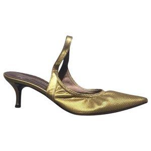 Bronze Donald Pliner kitten heels in size 7